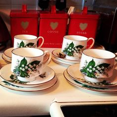 Vintage china for hire, contact enchantingeventsbyme@gmail.com for details #weddings