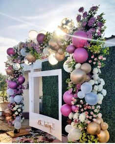 25 Most Interesting DIY Event Decor Ideas : Make Your Events More Attractive. - 25 Most Interesting DIY Event Decor Ideas : Make Your Events More Attractive. Party Kulissen, Shower Party, Ideas Party, Gold Party, Craft Party, Creative Party Ideas, Baby Shower Parties, Party Themes, Baby Shower Backdrop