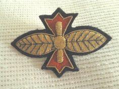 Vintage Broschen - ♣ Militär-Brosche 25-20 - ein Designerstück von raritaeten-kammerl bei DaWanda