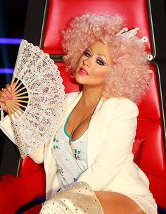 Christina Aguilera looking like pop royalty. #TheVoice #TeamXtina