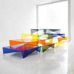 The Bonaldo Voila coffee table by Max Piva for Italian company Bonaldo is inspired by Japanese Origami, with stunning 'folded' & pointed legs. Design Furniture, Unique Furniture, Contemporary Furniture, Contemporary Coffee Table, Coffee Table Design, Coffee Tables, Metallic Paint, Plexus Products, Rainbow Colors
