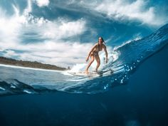 Mentawais Dreaming with Bianca Buitendag. More on the ROXY blog