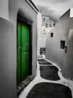 I call this one  'The Green Door'  www.phonetographytours.com  #iphoneonly #iphones #iphoner #iphoneographer #iphoneography #iphonephotography #iphonetography #iphonetographytours #phonetographytours #phonephotographer #phonephotos #Santorini #Greece #visit_Santorini #bestofsantorini #discoverGreece #bucketlist  #wanderlust #travelphotography #travelguide #travelgreece #summer #instatravel  #photo #phototour #instagreece #instagood #summer #bucketlistcheck #island_life