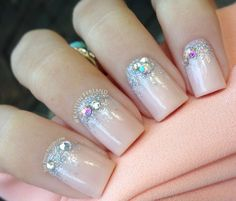 33 Amazing Nail Art Ideas with Rhinestones, Gems, Pearls and Studs | Style Motivation