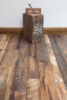 Barn Wood Oak Engineered - Engineered Wide Plank Hardwood Flooring I LOVE this look. Hardwood Floor Colors, Hardwood Floors Wide Plank, Engineered Hardwood Flooring, Pine Floors, Living Room Flooring, Wooden Flooring, Flooring 101, Rustic Wood Floors, Cheap Flooring Ideas
