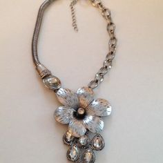 """Unique flower necklace in silver.  5.5"""" in length"""
