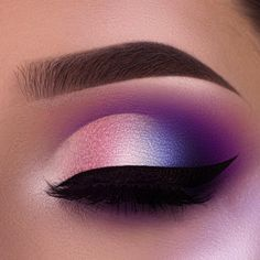 12 Greatest Night Out Make-up Ideas That Males Find Irresistible - - eye makeup ideas - Makeup Eye Looks, Eye Makeup Art, Beautiful Eye Makeup, Smokey Eye Makeup, Eyeshadow Makeup, Eyeliner, Perfect Makeup, Eyeshadow Palette, Purple Makeup Looks