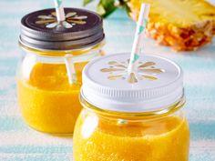 Unser beliebtes Rezept für Ananas-Mango-Smoothie und mehr als 55.000 weitere kostenlose Rezepte auf LECKER.de.