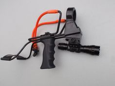 Basic Horton Crossbows When it comes to crossbows, Horton Fury arrows is a name that is familiar to most hunters. Survival Weapons, Tactical Survival, Survival Life, Wilderness Survival, Camping Survival, Survival Gear, Survival Skills, Crossbow Targets, Diy Crossbow