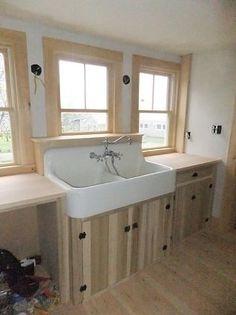 Vintage Laundry Tub : Old Sink Love on Pinterest Vintage Sink, Sinks and Vintage Farmhouse ...
