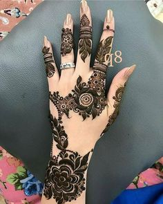 Most Prettiest Floral Tikki Mehndi Design For Front Hands Cool Henna Designs, Arabic Henna Designs, Mehndi Designs For Girls, Mehndi Designs For Beginners, Wedding Mehndi Designs, Mehndi Designs For Fingers, Best Mehndi Designs, Henna Tattoo Designs, Hena Designs