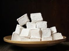 Cookistry: Powdered Sugar on My Pajamas (Making Marshmallows)