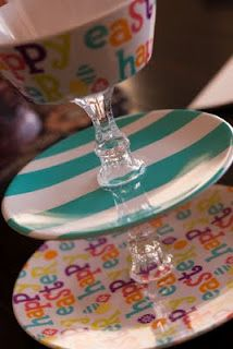 Tiered serving tray