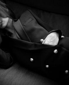 Wanted : un long blazer croisé (veste Balmain x H&M - blog The Petticoat)