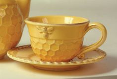 Victorian Trading Company  Honeycomb Teacups & Saucers  and Teapot