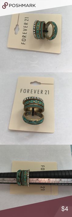 Forever 21 4 fashion rings NWT jewelry are always loved by women in fashion. Easy to dress up and create your own style Jewelry Rings