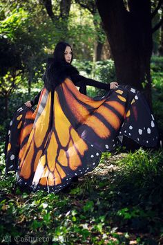 This beautiful cloak is made in printed cotton and lined. Very strong colours and heavy. The biggest one I made  Is inspired in a real butterfly,