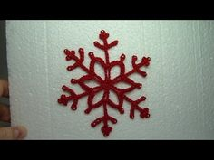 In this tutorial Oana shows you how to crochet a beautiful snowflack to embelish your Christmas tree and your houses. Crochet Tree, Love Crochet, Crochet Motif, Crochet Patterns, Crochet Snowflakes, Snowflake Pattern, Christmas Snowflakes, Christmas Ornaments, Crochet Classes