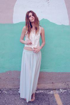 Tie waist shirts.  (by Blair B) http://lookbook.nu/look/3519399-tie-waist-shirts