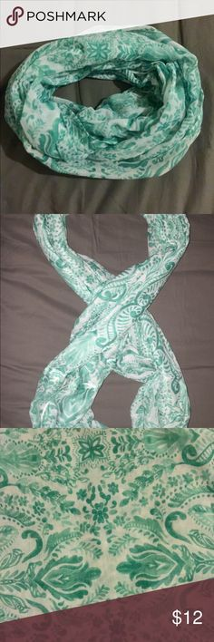 Teal floral print infinity scarf Beautiful teal floral design makes this scarf both classy and functional. Excellent used condition. Accessories Scarves & Wraps