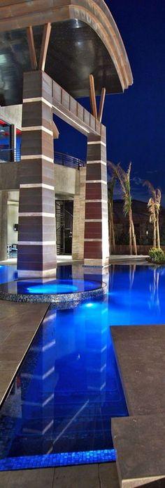 #LUXURY homes with pools@Luxurydotcom via Houzz.com