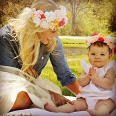 Matching mother and daughter floral crowns | Felt flower tutorial Photo by No.16 Photography