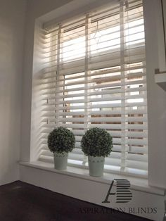 3 Warm Cool Tricks: Dark Blinds Wood blinds for windows blue.Patio Blinds Outdoor blinds and curtains tips. Indoor Blinds, Patio Blinds, Diy Blinds, Bamboo Blinds, Fabric Blinds, Curtains With Blinds, Bedroom Blinds, Curtains And Blinds Together, Privacy Blinds