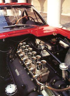 """Ferrari 250 GT Pininfarina Sperimentale (2463/GT) """"V 12 / 3litres / plus de 310 cv."""" juin 1961 - Automobiles Classiques N° 52 octobre / novembre 1992."""