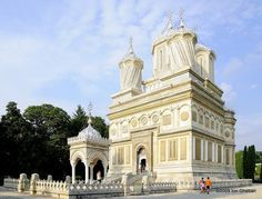 Curtea de Arges Monastery, Arges County, RO (1512 - 1517) Romania, Adventure Time, Barcelona Cathedral, Places To See, The Good Place, Taj Mahal, Beautiful Places, Heaven, Country