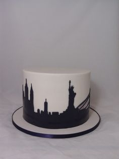 New York Skyline Cake cakepins.com