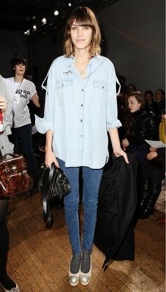 Alexa Chung in a Chambray top and skinny jeans