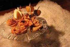 Cinnamon rolls and Apple rolls