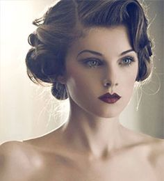 Vintage Hairstyles Updo Gatsby Roaring 20 Ideas For 2019 Coiffures Vintage Updo Gatsby Roaring 2 Pelo Vintage, Vintage Updo, Wedding Vintage, Trendy Wedding, Vintage Style, Great Gatsby Wedding, Vintage Fashion, Wedding Ideas, Great Gatsby Hairstyles