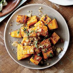 Roasted Butternut Squash with Parmesan-Garlic Breadcrumbs | MyRecipes.com