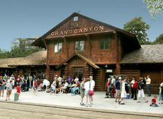 Grand Canyon, Train Station
