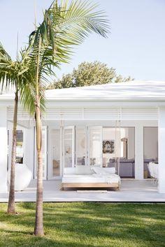 Tips for a Hamptons-style outdoor room with Natalee Bowen Outdoor Rooms, Outdoor Living, Outdoor Kitchens, Three Birds Renovations, Alfresco Area, Dream Beach Houses, Coastal Homes, House Goals, Exterior Design