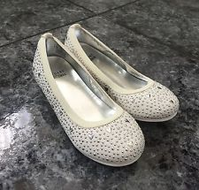 size 10 toddler girls shoes - Google Search Toddler Girl Shoes, Toddler Girls, Girls Shoes, Size 10, Flats, Google Search, Fashion, Shoes For Girls, Toe Shoes