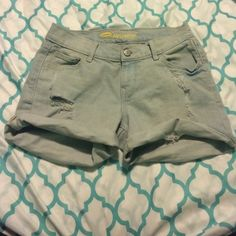 old navy shorts light wash distressed boyfriend short. wore once. Old Navy Shorts Jean Shorts