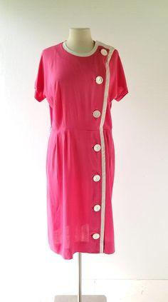 50s Pink Dress | Button Dress | 1950s Dress | Large L 50s Dresses, Vintage Dresses, Vintage Outfits, Fashion Dresses, Women's Fashion, Corsage, Robes Vintage, Dress Skirt, Shirt Dress