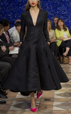 I could see Kim Novak in the 50s wearing this.