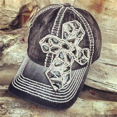 I want this hat!!