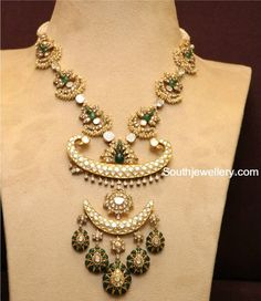 Indian Jewellery Designs - Page 3 of 1773 - Latest Indian Jewellery Designs 2020 ~ 22 Carat Gold Jewellery one gram gold Mom Jewelry, Bridal Jewelry, Beaded Jewelry, Gold Jewellery Design, Antique Jewellery, Pearl Necklace Designs, Indian Jewelry Sets, Jewelry Patterns, Emerald Necklace