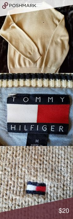 Tommy Hilfiger tan cotton sweater-medium Men's Tommy Hilfiger tan sweater. Excellent condition without stains, rips or holes. Thank you for stopping by. Tommy Hilfiger Sweaters Crewneck