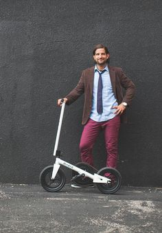 PedalFlow:  An easy-to-carry folding bicycle without a seat, great for short commutes by Micro®
