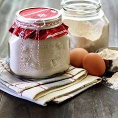 Homemade Pancake Mix {Homemade Gifts}