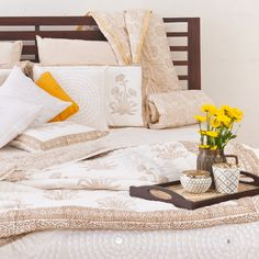 #whites #serene #soothing #summer #home #bed-linen #decor #lifestyle #bedcover #cushions #quilts #prints #mirror-work #applique #Fabindia