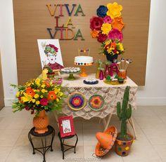 http://inspiresuafesta.com/decoracao-inspirada-em-frida-kahlo/