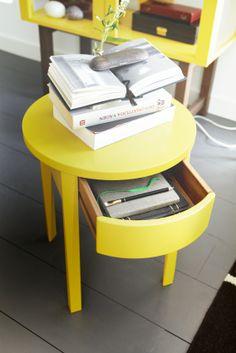 Dit STOCKHOLM nachtkastje kun je ook als bijzettafeltje in de woonkamer of gang gebruiken! #IKEA