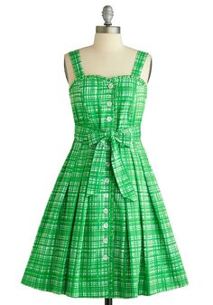 Can you tell yet how badly I want a green dress?  This one is all cotton (though it still is dry clean only...), has a sweetheart neckline, an a-line skirt, and is plaid-ish.  But it's also $183, so I'm not buying it any time soon...