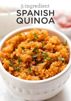 How to cook quick and easy SPANISH Quinoa! This recipe uses just 5 ingredients and one pot. It's a healthy Mexican side dish, but can also be bulked up with protein and veggies! Best Recipes on Cooking Quinoa in a Crock Pot Quinoa Recipes Easy, Veggie Recipes, Mexican Food Recipes, Whole Food Recipes, Vegetarian Recipes, Healthy Recipes, Spanish Food Recipes, Quinoa Dinner Recipes, Vegetarian